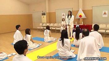 glamorous japanese hottie religiously worships cocks like they.