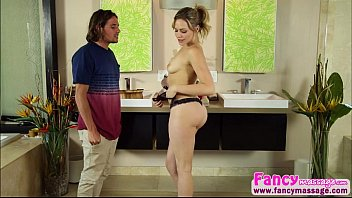 deepthroater and brunette mia malkova gets fucked by.
