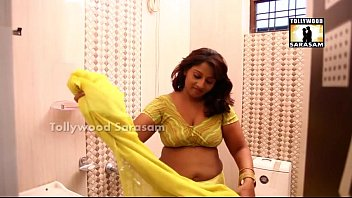 indian hot young girl bath video गर्म जवान.