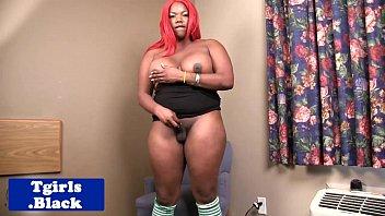 big booty black tranny tugging