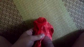 sịp đỏ em ph&ograve_ng b&ecirc_n  | cum.
