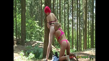 lesbian outdoor pussy eating fun - anne swix.