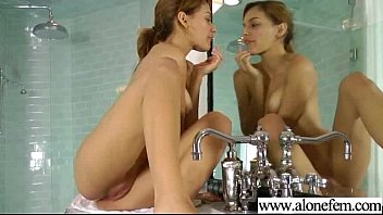 solo horny amateur girl get dildo toys in.
