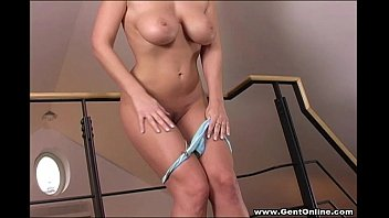 carol gold licks her own big.
