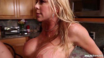 super hot milf alexis fawks takes one in.