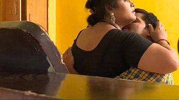 mallu indian babhi and young boy sex captured.