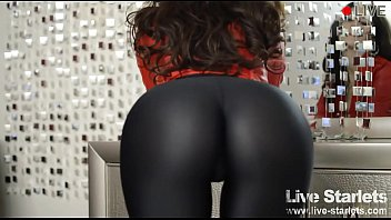 perfect ass in tight leggings