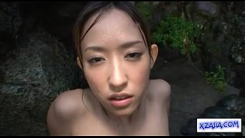 asian girl getting her pussy fucked cum to.