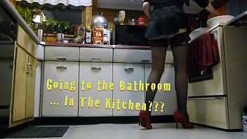 kitchen floor piss