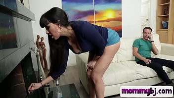 dark haired step mom with big tits blows.