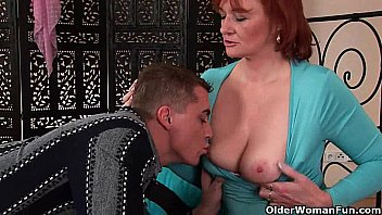slutty granny gets fisted before she gets a facial