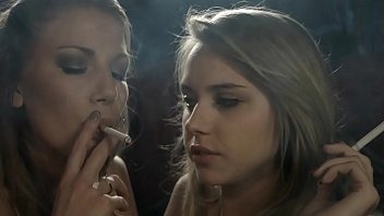 lesbian smoke girls