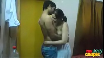 bangladeshi hot couple