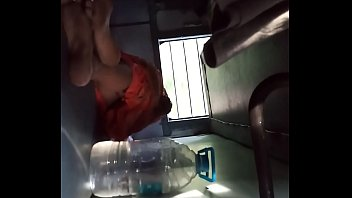 desi bhabi sleeping in train and her saree.