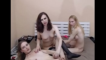shemales threesome