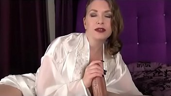 mom from 69cams.club loves silk and.