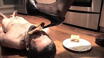 slave hubris feeding time
