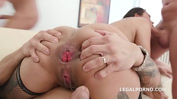 jureka del mar survives a savage double anal fuck