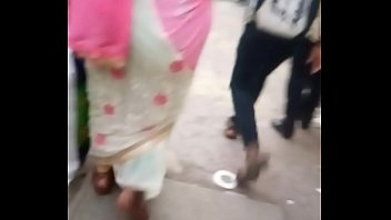 desi old aunty with big ass