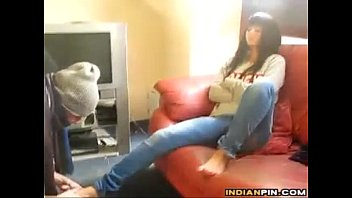 indian femdom haivng her feet worshipped