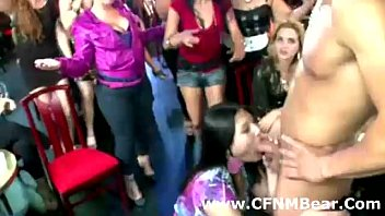 cfnm amateur girl sucks a male stripper in public