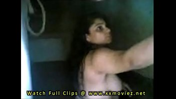 indian bhabhi doing sex after bathing