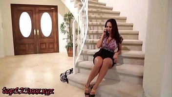 top123xxx.xyz - older married woman and young girl.