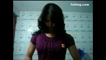 indian girls self shut in bathroom