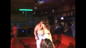 oil wrestling lift and carry - nice and.