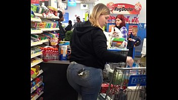 thick ass amateur white married milf at walmart.