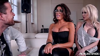 milf rock band practice turns threesome with ava.