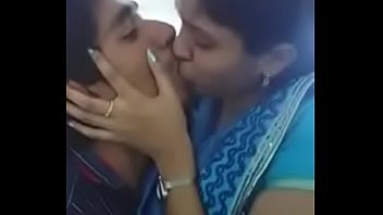 tamil college girl kissing her boy.