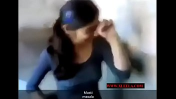 hot desi girl removing..xleela.com
