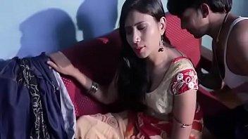 young boy romance with hot neighbour bhabhi पडोसी.