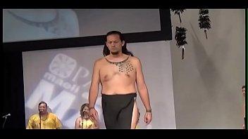 keone 2015 mamo wearable arts show at hawaii theatre