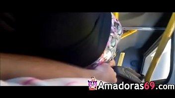 sentindo a bundinha touch in bus groping - www.amadoras69.com