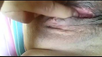 madura masturbandose