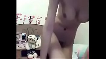 thai webcam teen girl masturbate with a dildo.