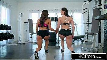 fitness babes abigail mac &amp_ kendra lust share.