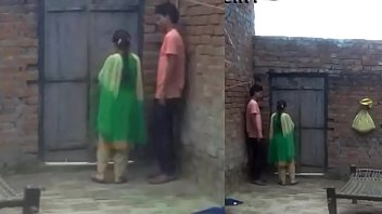 boy enjoy with his girl friend when no.