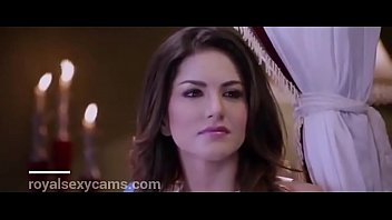 sunny leone virtual hot sex in bollywood film.