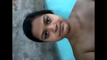 hot indian busty aunty nude expose