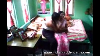 indian house owner fucked house maid.