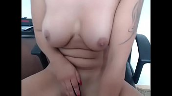 horny office lady nakes toys pussy on cam.