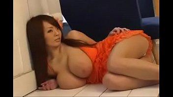 hitomi tanaka photoshoot to show her boobs, part.
