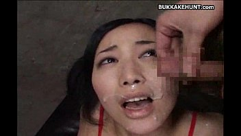 asian teen on top cumshot session.
