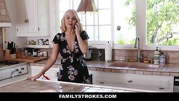 familystrokes - hot mom bails son.