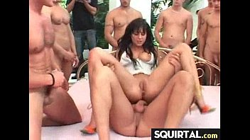 a very sexy squirt queen 1