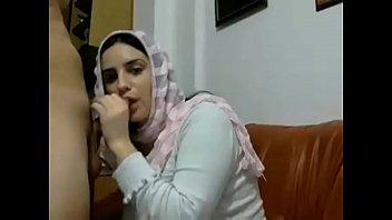 hot muslim arab girl with big boobs gives.