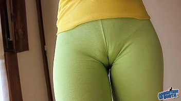 perfect round ass in ultra tight yoga pants!.